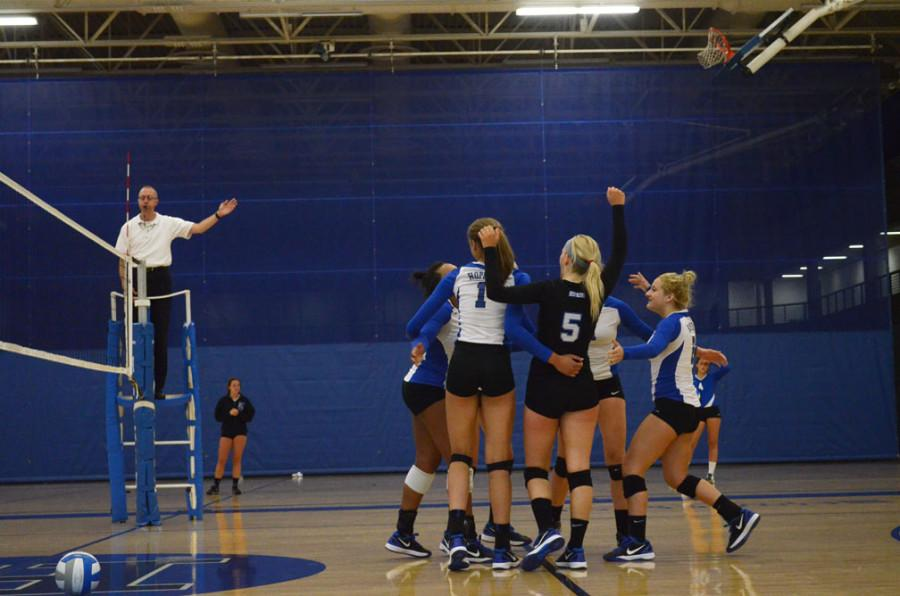 Volleyball team begins section play vs Orono