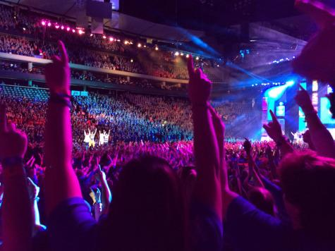 Minnesota Nice Club celebrates at We Day