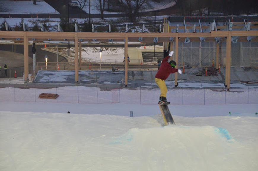 Stillman snowboards on a national level