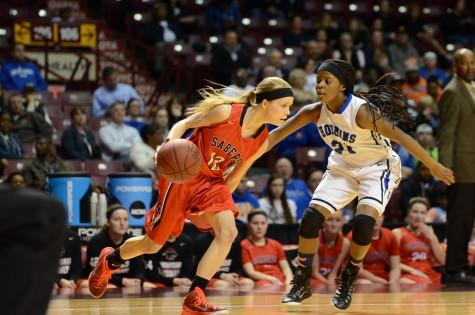 Stifling defense leads Royals past Sabers into state championship game