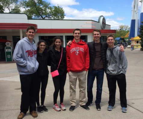 Physics students spend the day at Valleyfair