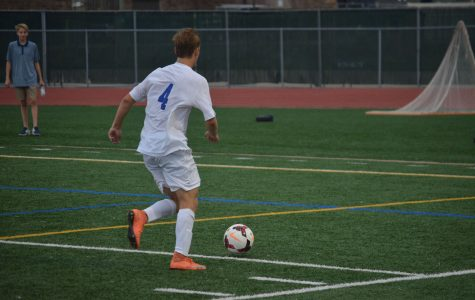 Boys soccer falls to 0-2 in the Lake Conference after loss to Trojans