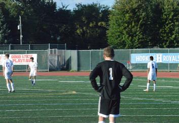 Royals boys soccer poaches Eagles, improve to 7-2