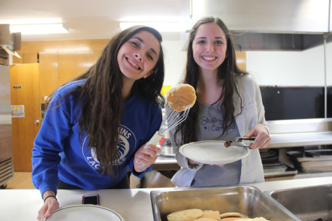 STF club turns pancakes into education for women