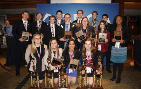DECA members advance to international conference
