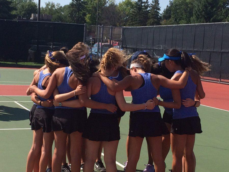 The Royals girls huddle up before match against Prior Lake.