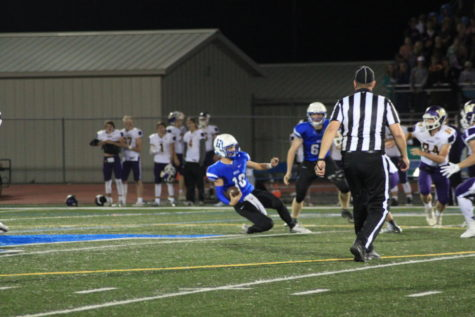 Football looks to get first win against Panthers