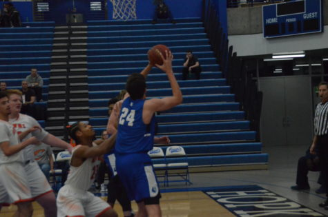 Boys Basketball looks to take down the Skippers in final game of the season