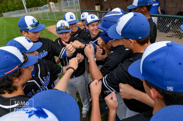 Royals Host Trojans in Lake Conference Championship