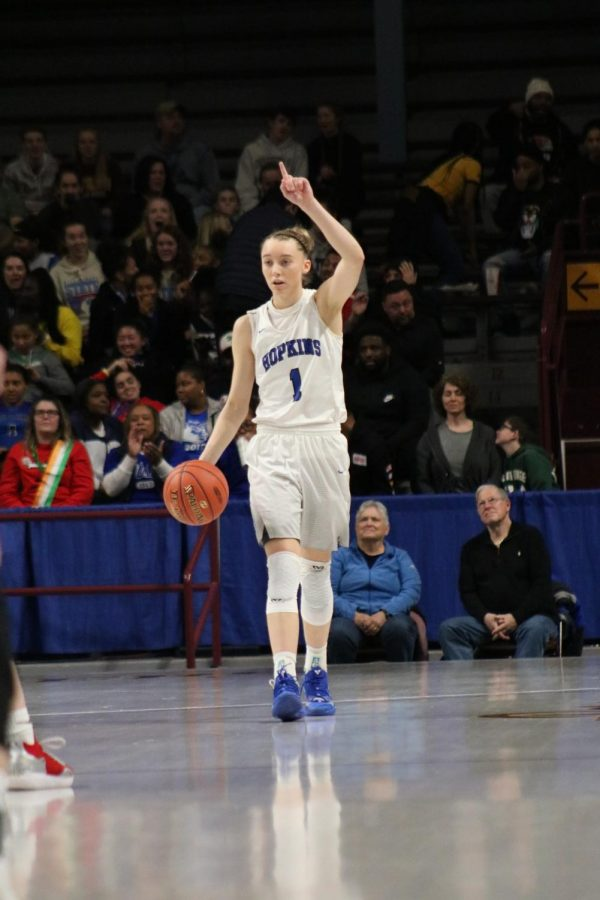 Paige Bueckers, alumni, walks up the court in the 2019 state championship game.